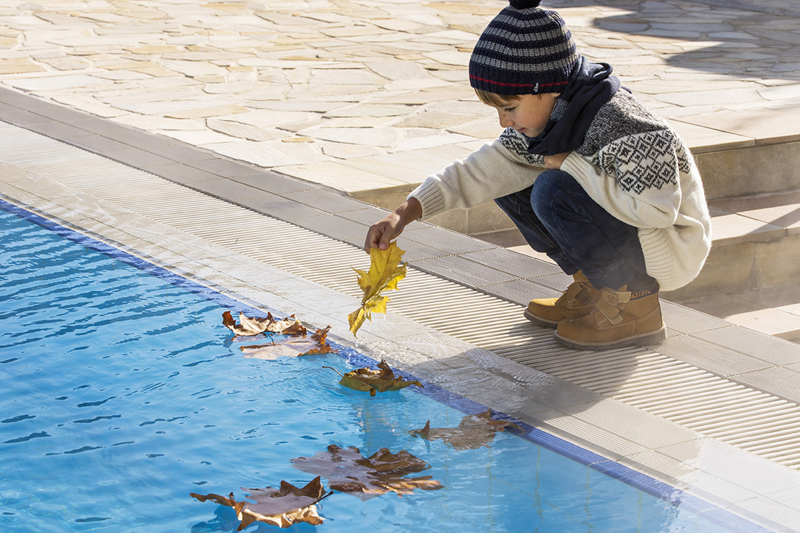 HLP_Outdoorpool_autumn_kid_2016_bd_low res