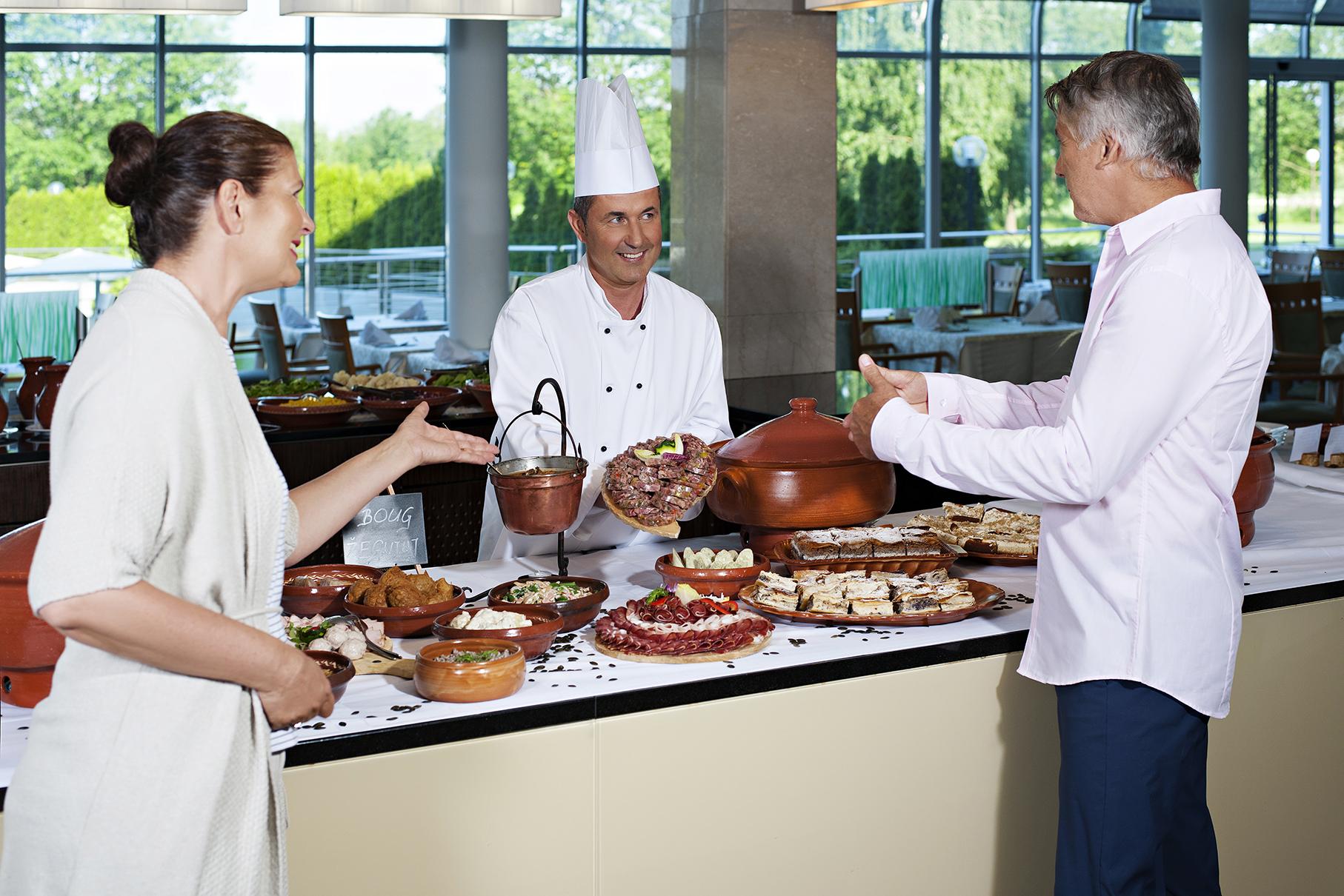 Hotel Livada Prestige_gastronomy_local_dinner_T3_DD2016_lowres