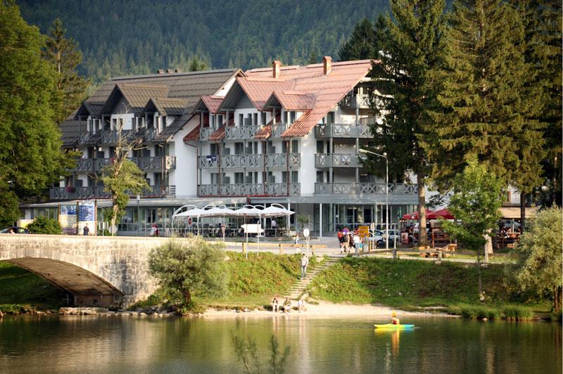 hotel_jezero_1