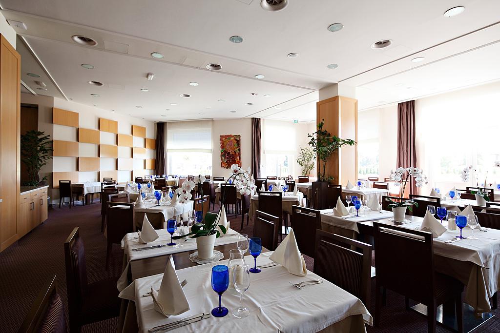 Primus-Restaurant-a-la-carte_Gastronomy-services_GHP_TP_Foto-ZV_09-14_low res