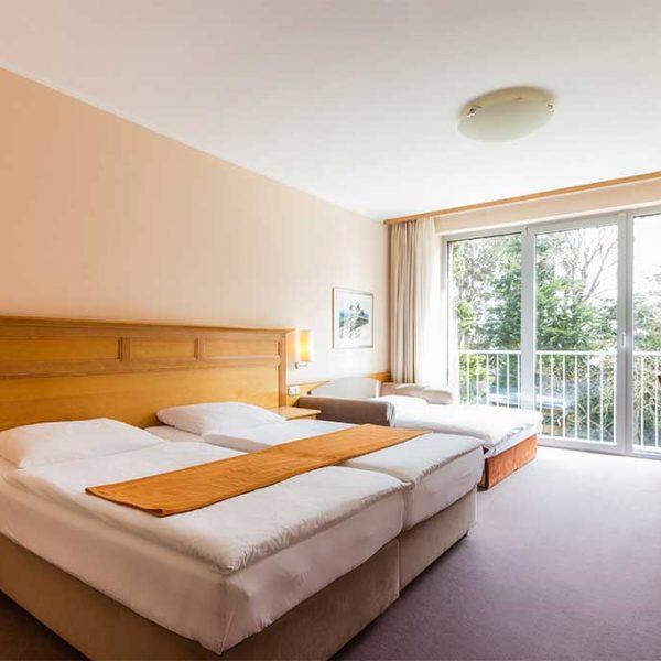 13-soba_dvoposteljna-brez-balkona-600x600