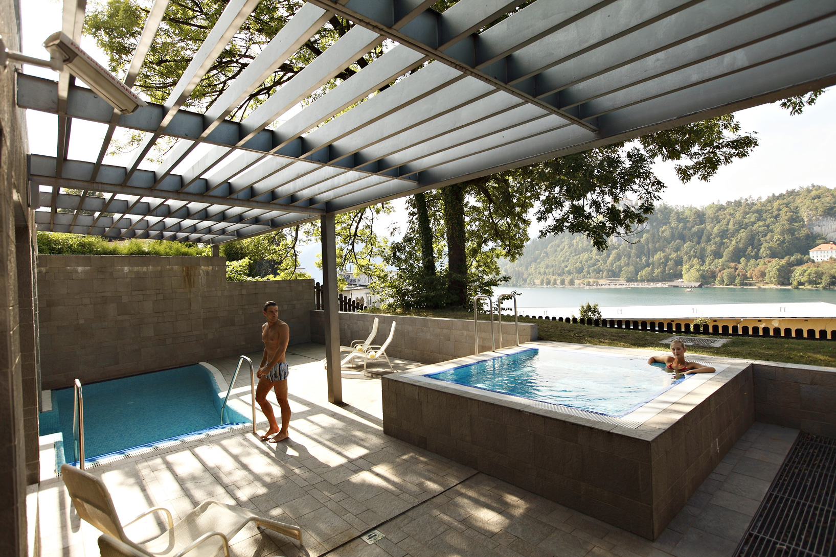 Outdoor-pools_04_ZWC_RikliBalanceHotel_Foto-AV_11-09_low res