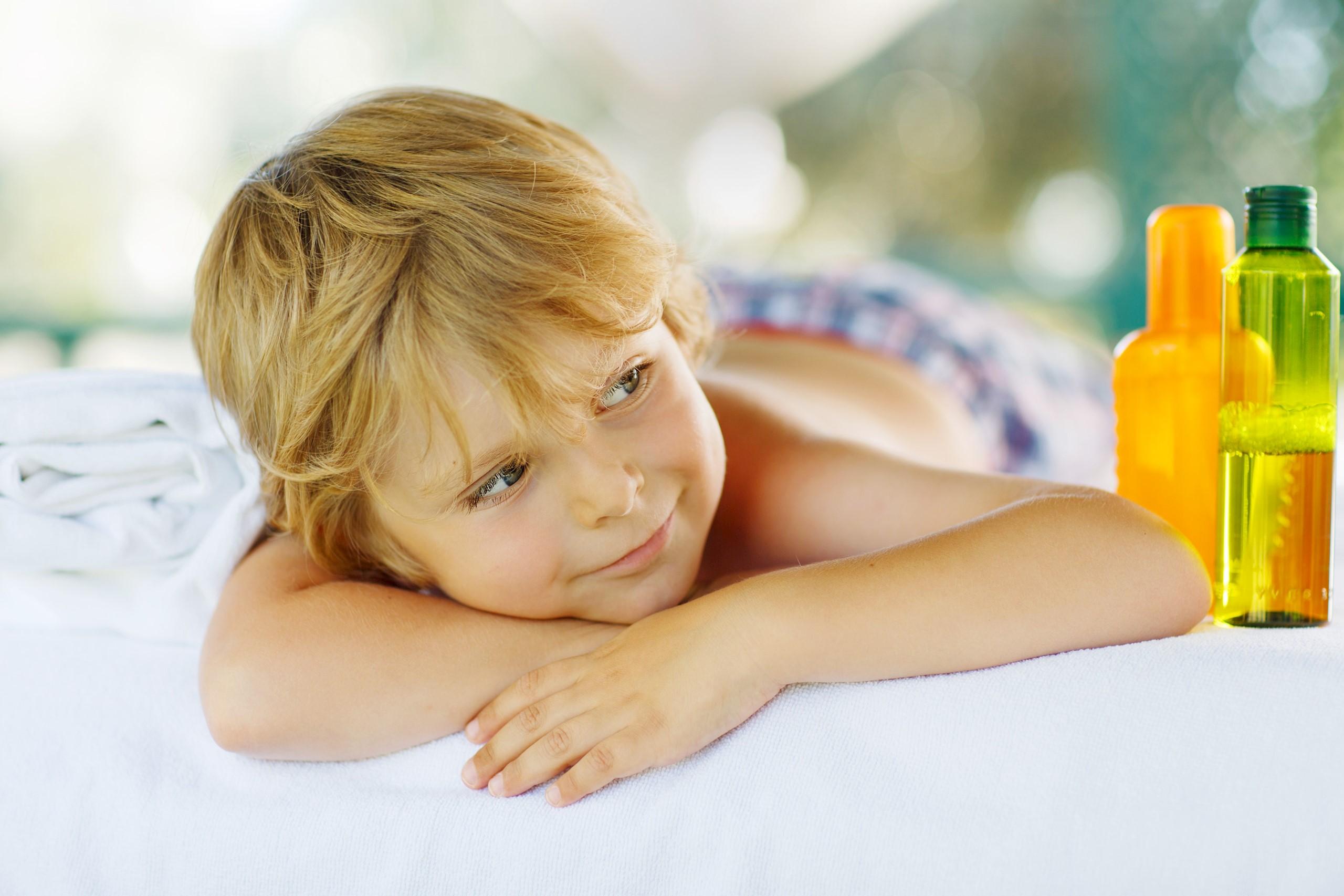 shutterstock-boy-massage