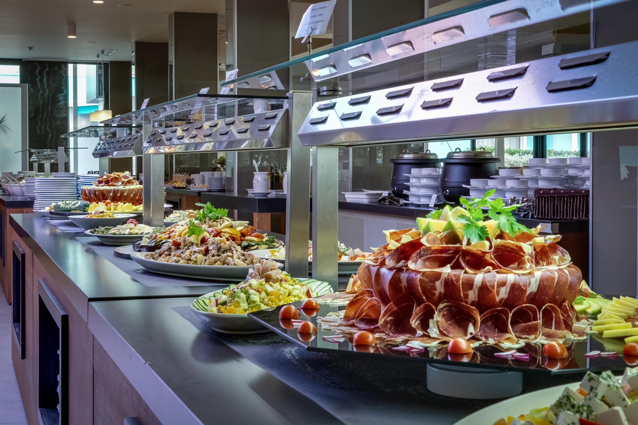 10 Hotel buffet