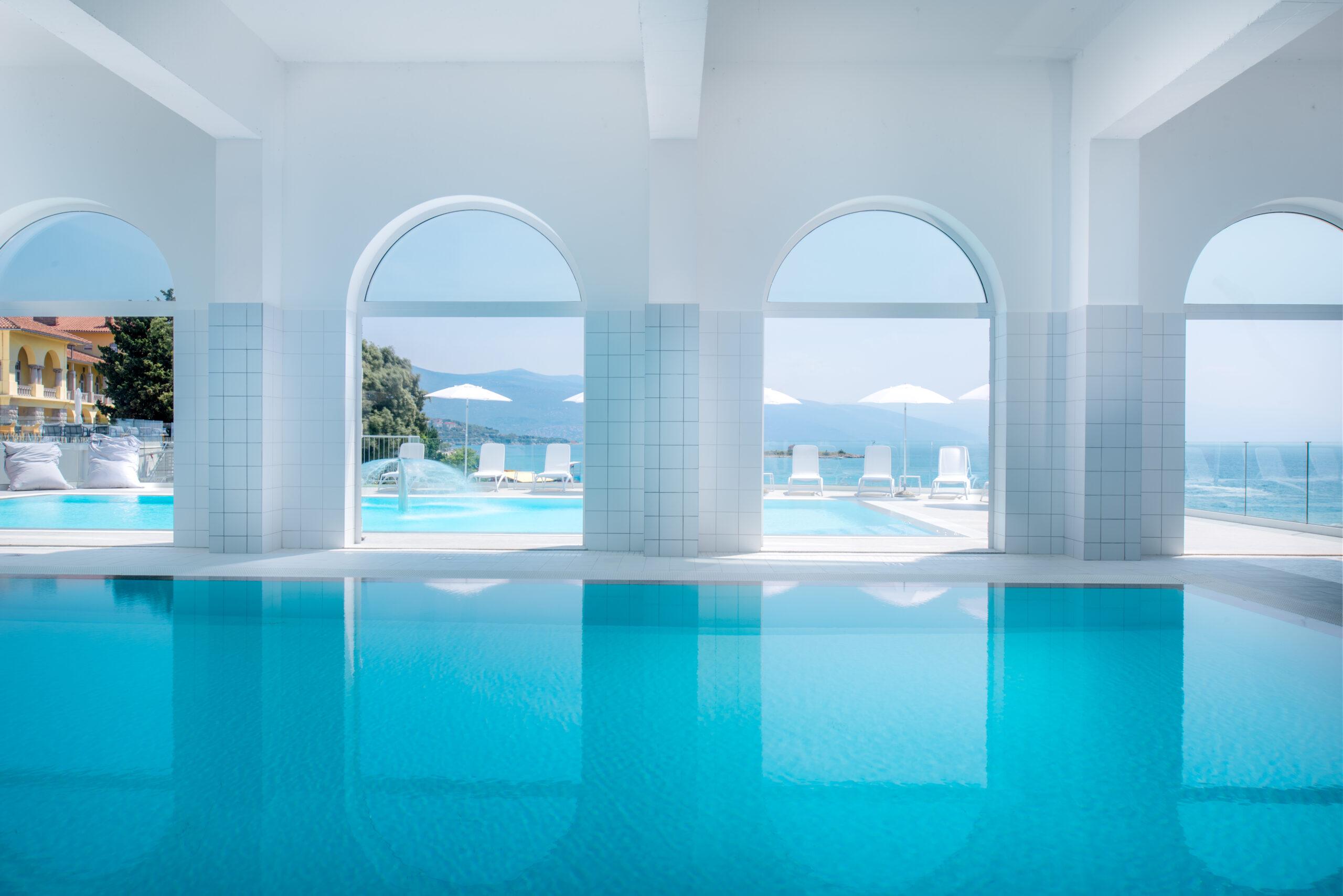 Indoor pool_hotel Lisanj (1)