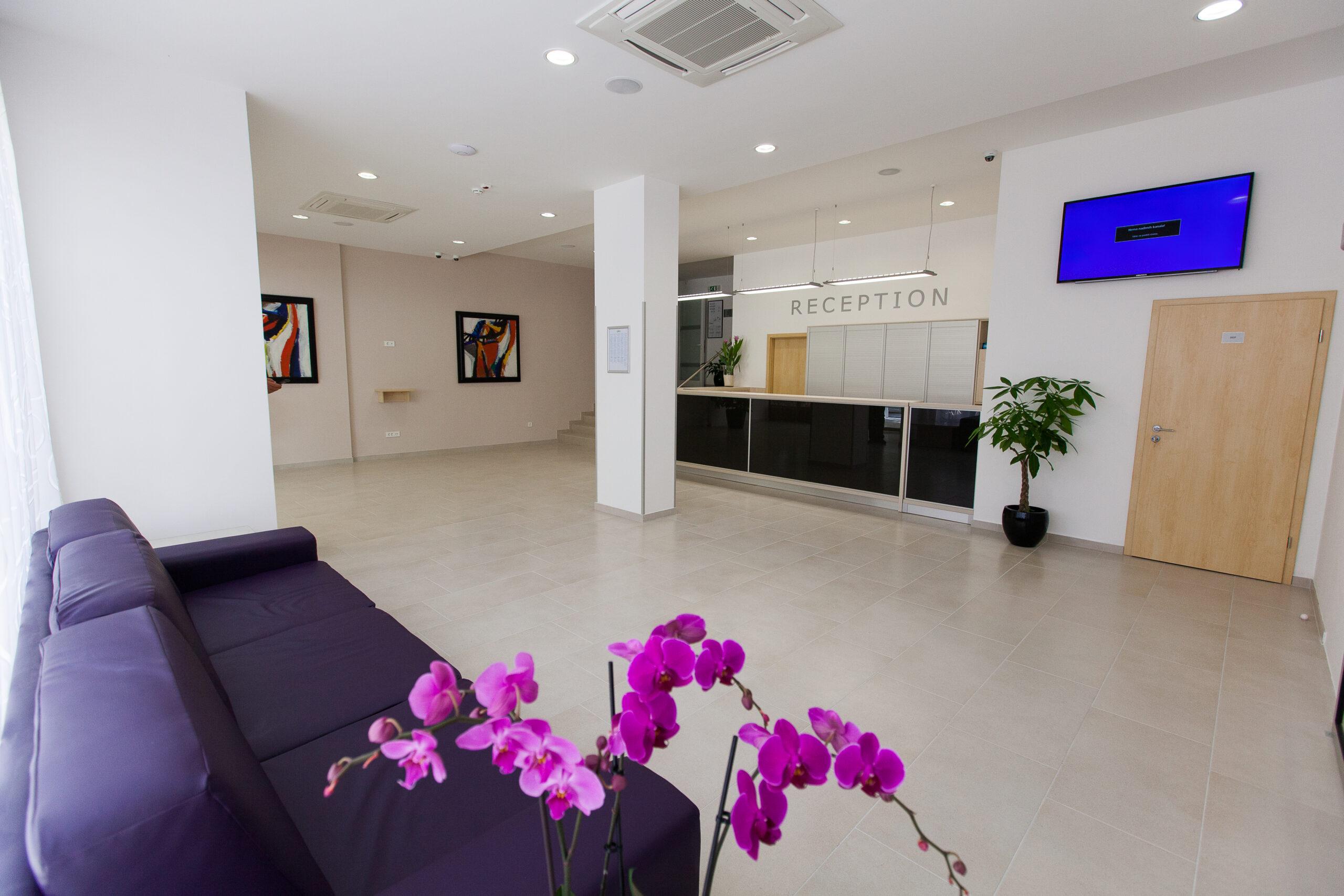 Reception_hotel Slaven (3)