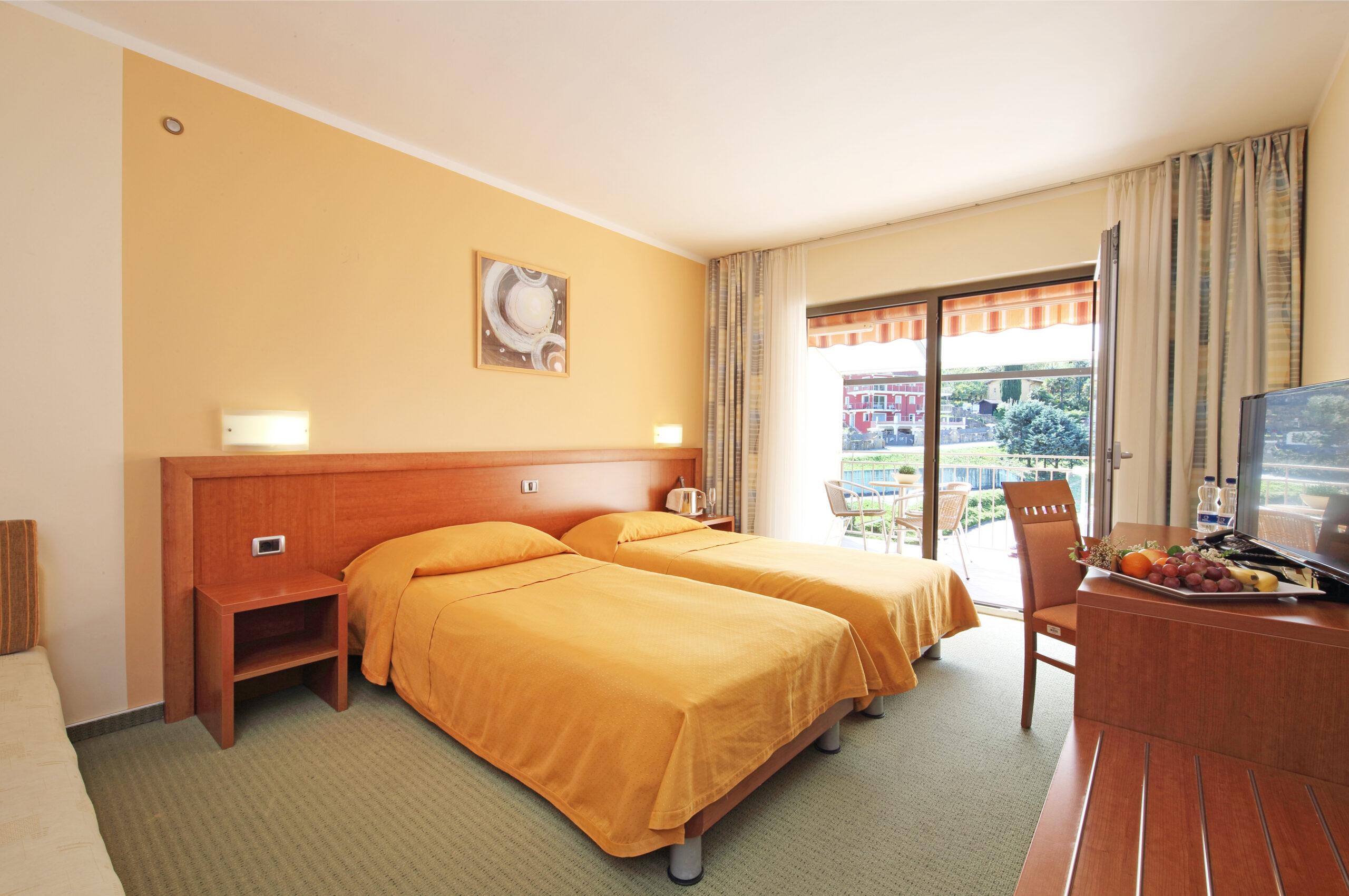 Salinera twin room