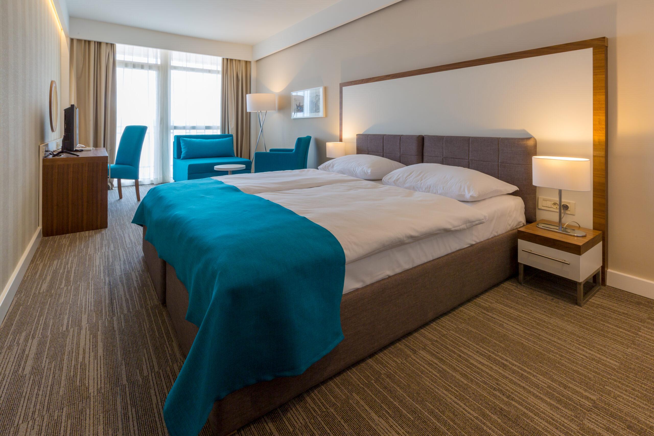 Superior twin room, sea view, balcony_hotel Katarina (2)