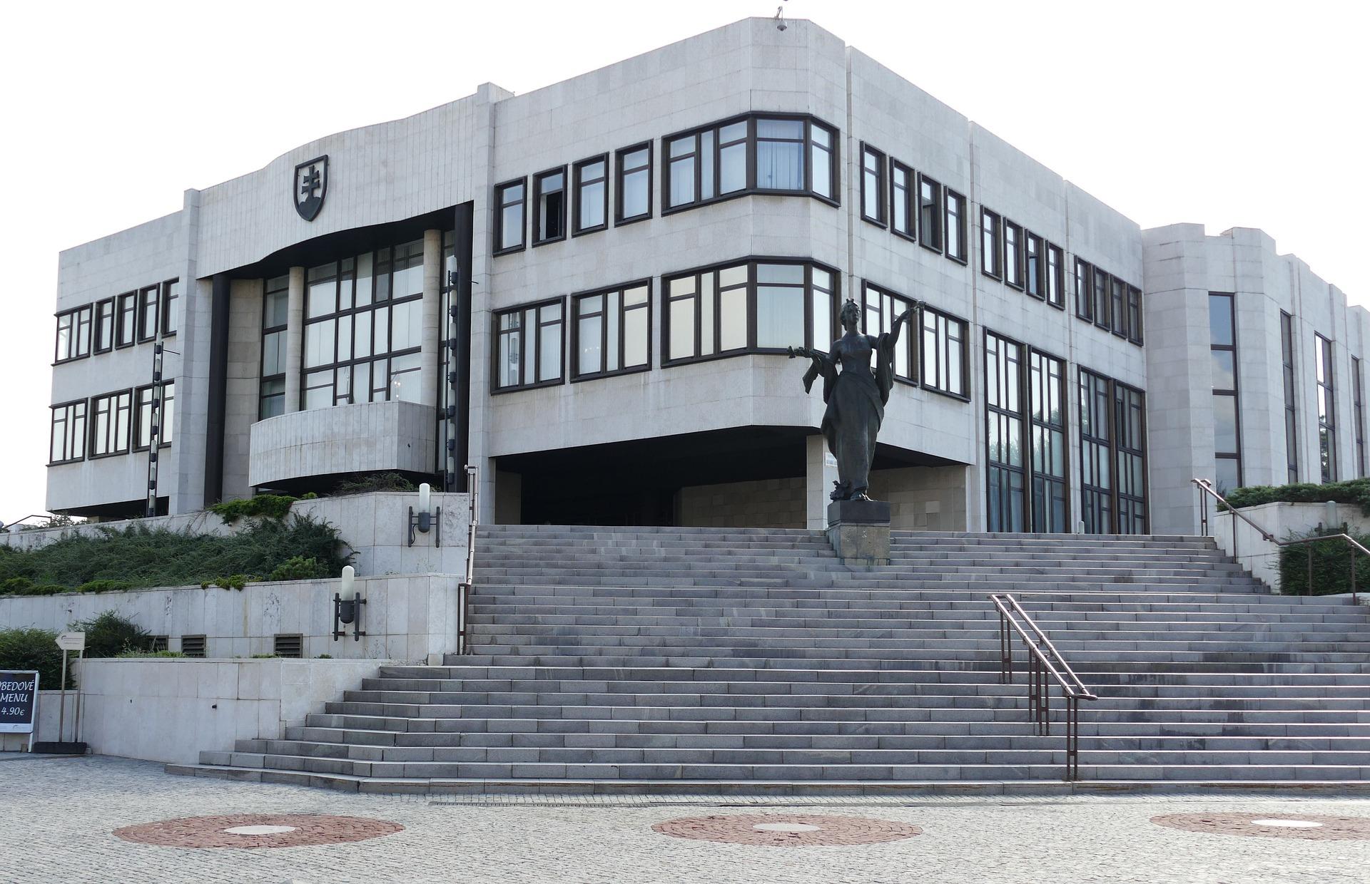 bratislava-2531145_1920