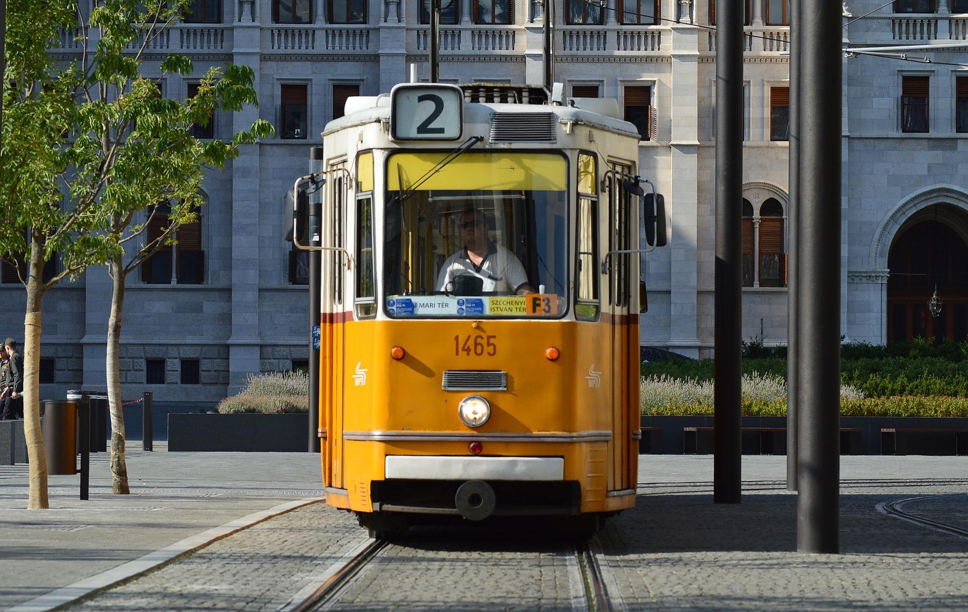 budapest-854618_1920