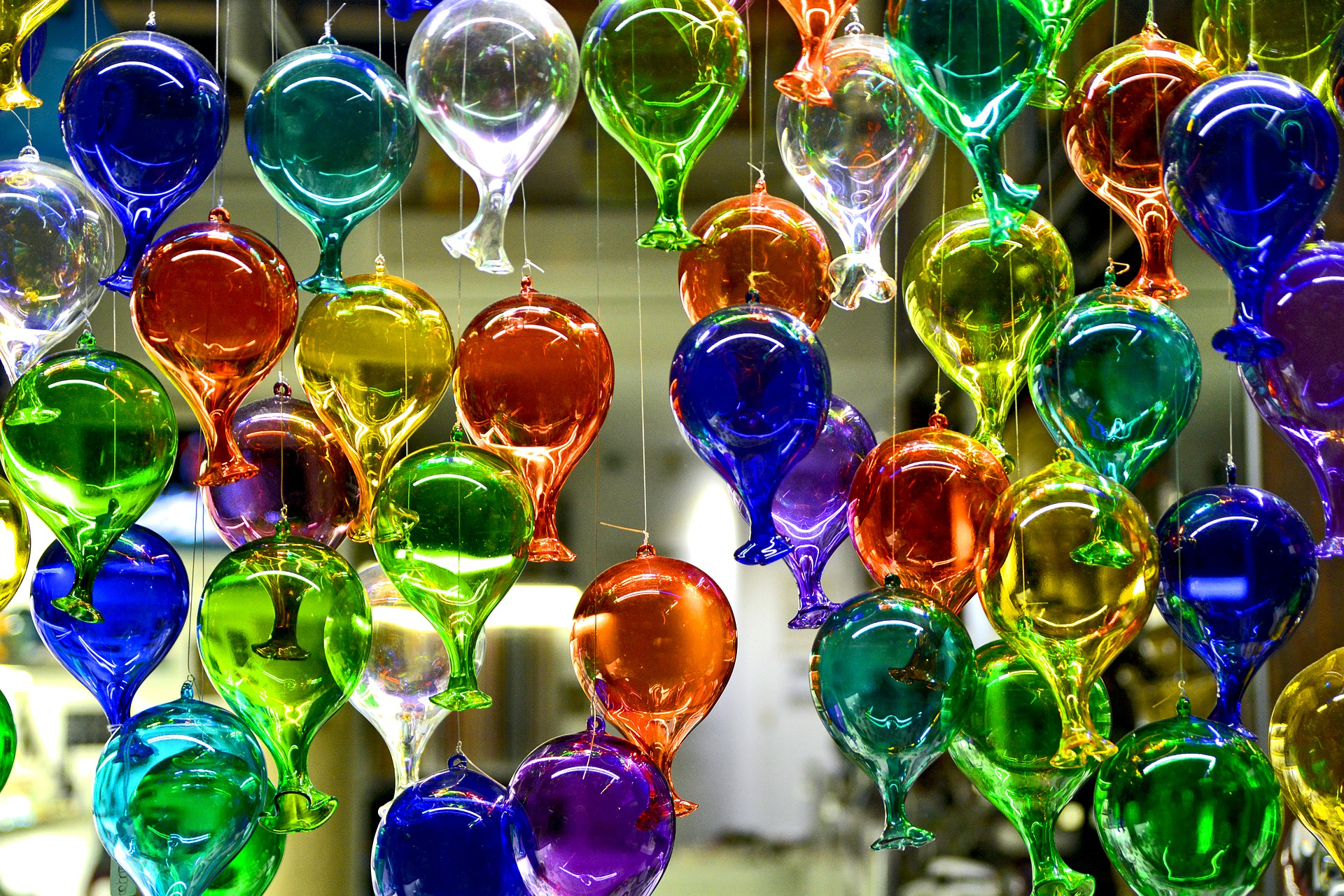 glass-4748501_1920